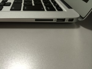 2Apple USB Ethernet アダプタの画像